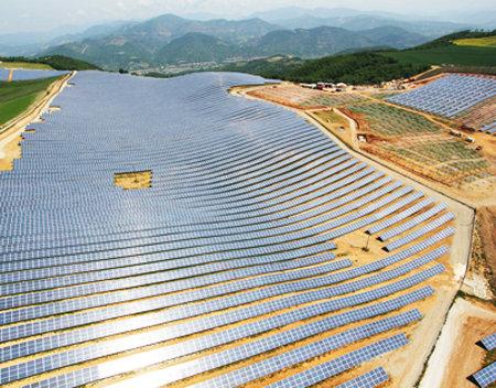 Perierga.gr - Ηλιακή φάρμα!