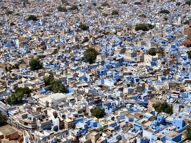 Perierga.gr - Πόλεις γεμάτες χρώματα