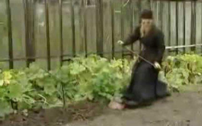 Perierga.gr - Η πανέξυπνη πατέντα του Ρώσου μοναχού