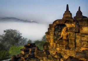 Πανέμορφο και μυστηριώδες συγκρότημα βουδιστικών ναών