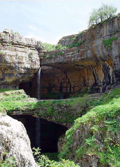 Perierga.gr - Καταρράκτης σε σπηλιά!