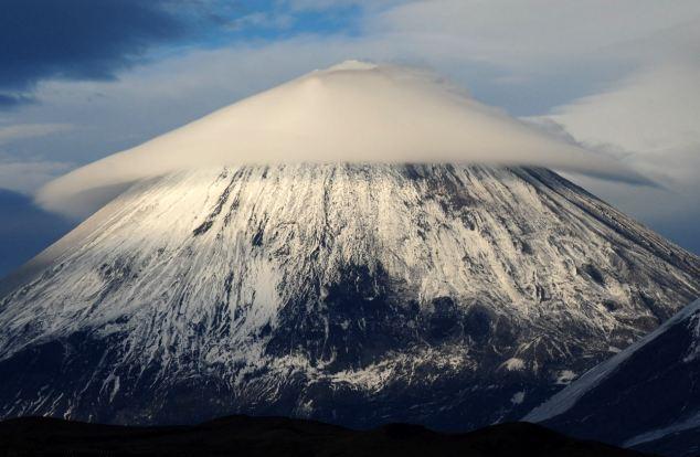 Perierga.gr - Έχετε ξαναδεί φακοειδή σύννεφα;