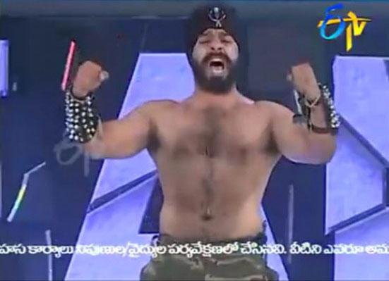 Perierga.gr - Εξωπραγματικό show στο Ινδία έχεις ταλέντο