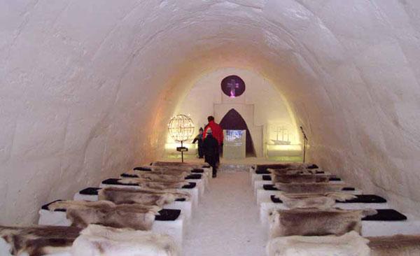 perierga.gr - Ένα ξενοδοχείο φτιαγμένο... από χιόνι!