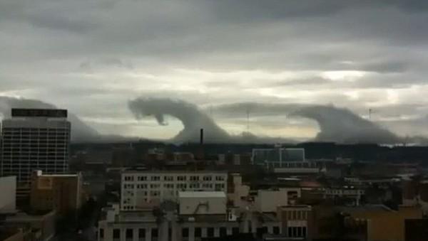 perierga.gr - Ένα απίστευτο τσουνάμι από... σύννεφα!