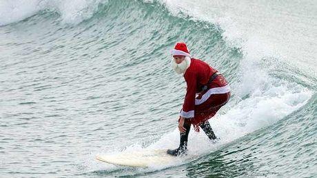 Perierga.gr - Πέντε μέρη που αξίζει να γιορτάσεις κάποια στιγμή τα Χριστούγεννα