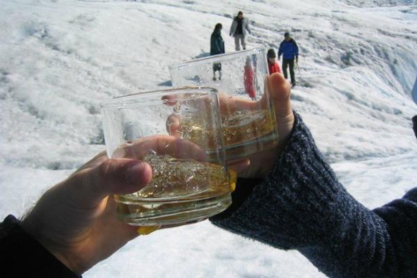 perierga.gr - Έκλεβε παγετώνες για να κάνει παγάκια... γκουρμέ!
