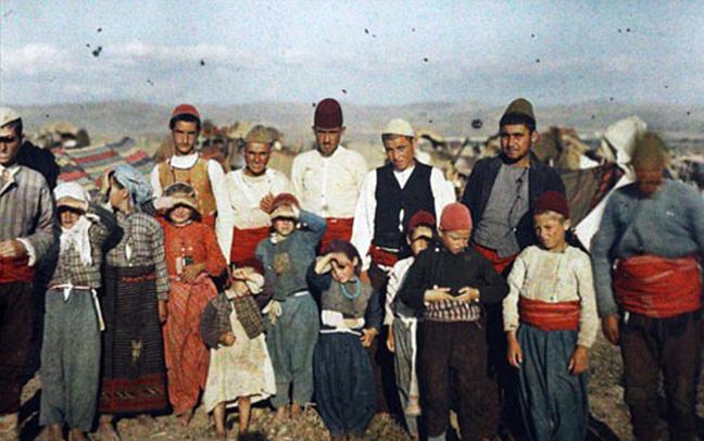 Perierga.gr -  Οι πρώτες έγχρωμες φωτογραφίες στον κόσμο