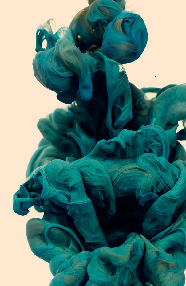 perierga.gr- Μαγικές υποβρύχιες φωτογραφίες με μελάνι!