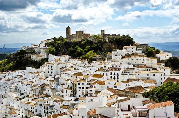 "perierga.gr - Το ισπανικό χωριο ""θαύμα"" με μηδενική ανεργία!"