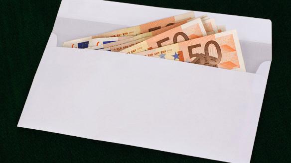 "perierga.gr - ""Καλός Σαμαρείτης"" χαρίζει χρήματα στον κόσμο!"