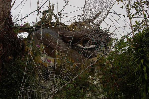 "perierga.gr - Ο ""Ξενώνας του τρελού"" υπόσχεται διακοπές αλά Γκαουντί!"