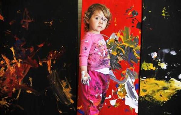 "perierga.gr - 5χρονη ""Πικάσο"" εκπλήσσει με τα έργα της!"