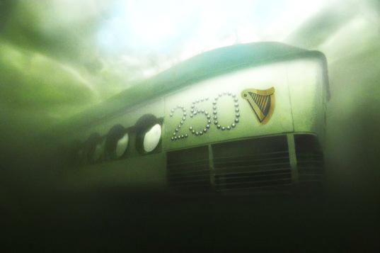 perierga.gr - Το πρώτο υποβρύχιο μπαρ στον κόσμο...