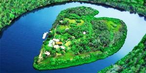 perierga.gr - Σκέφτεστε διακοπές; Αυτό το νησί κερδίζει στα σημεία!