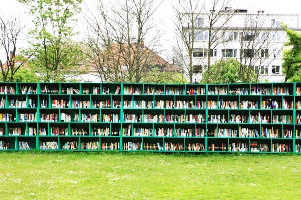 perierga.gr - Μια βιβλιοθήκη μέσα σε έναν... αμπελώνα!