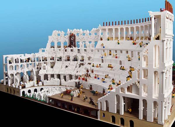 perierga.gr - 200.000 τουβλάκια LEGO για το Κολοσσαίο!