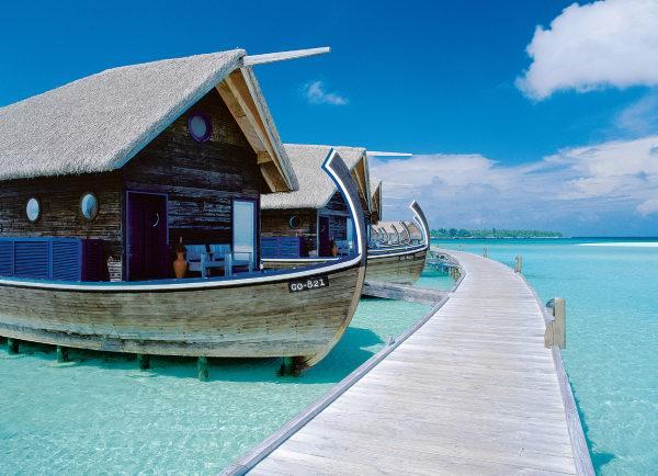 perierga.gr - Πολυτελές ξενοδοχείο... πάνω σε βάρκες!