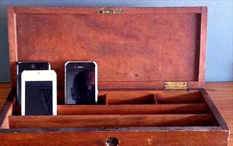 perierga.gr - Εστιατόριο επιβραβεύει τους πελάτες χωρίς κινητά!