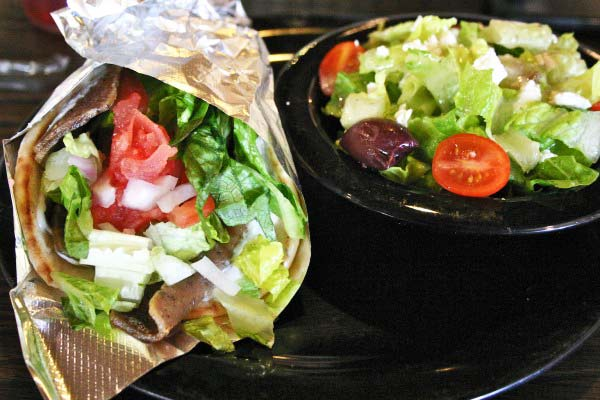 perierga.gr - Ελληνικό εστιατόριο άνοιξε στην... Αλάσκα!