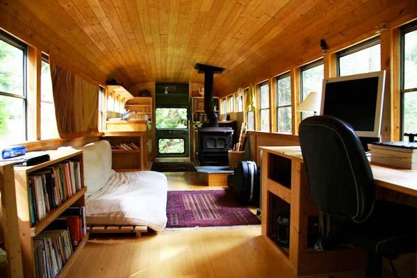 perierga.gr - Ένα παλιό σχολικό λεωφορείο έγινε το... ιδανικό σπίτι!