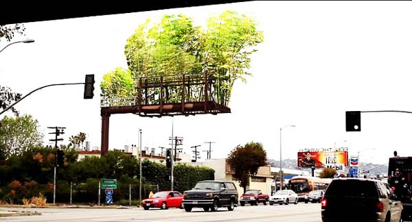 "perierga.gr - ""Κρεμαστοί κήποι"" στις διαφημιστικές πινακίδες των δρόμων!"