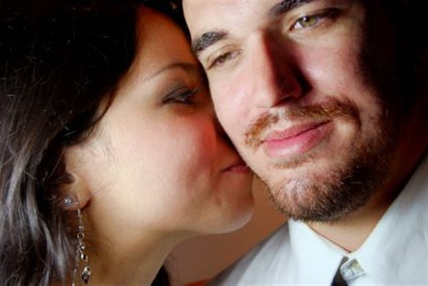 Perierga.gr - Οι γυναίκες «μυρίζουν» τα ανδρικά συναισθήματα!
