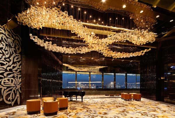 perierga.gr - Το ψηλότερο ξενοδοχείο στον κόσμο!