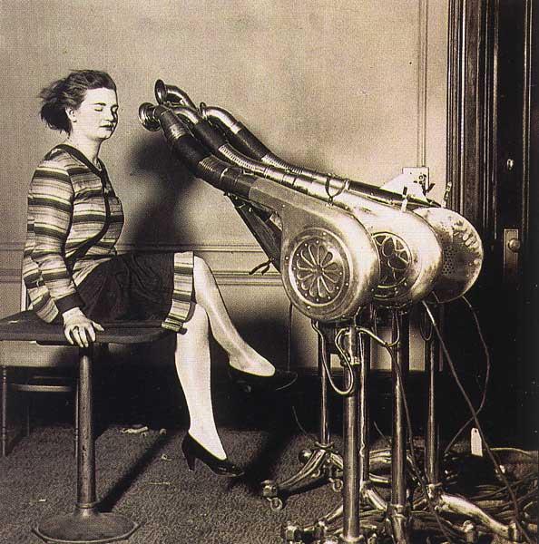 perierga.gr - Δείτε πώς ήταν τα πρώτα σεσουάρ για τα μαλλιά!