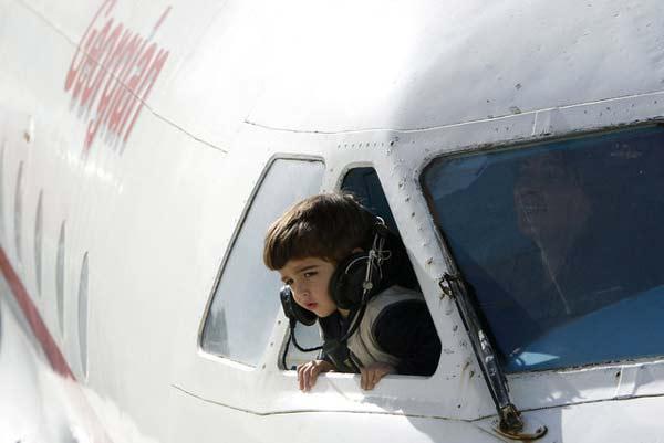 perierga.gr - Αεροπλάνο μεταμορφώθηκε σε... παιδικό σταθμό!