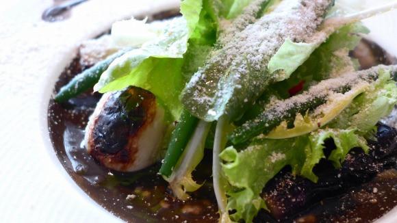 perierga.gr - Εστιατόριο σερβίρει... βρόμικο (κυριολεκτικά) φαγητό!!!