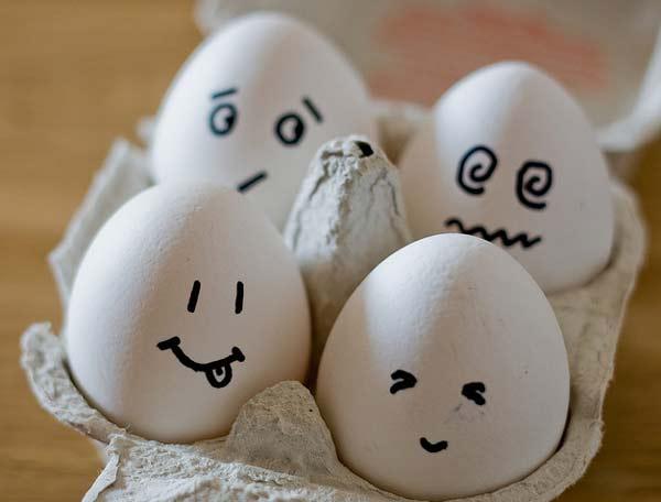 perierga.gr - Ξεφλουδίστε ένα αυγό σαν... επαγγελματίας!