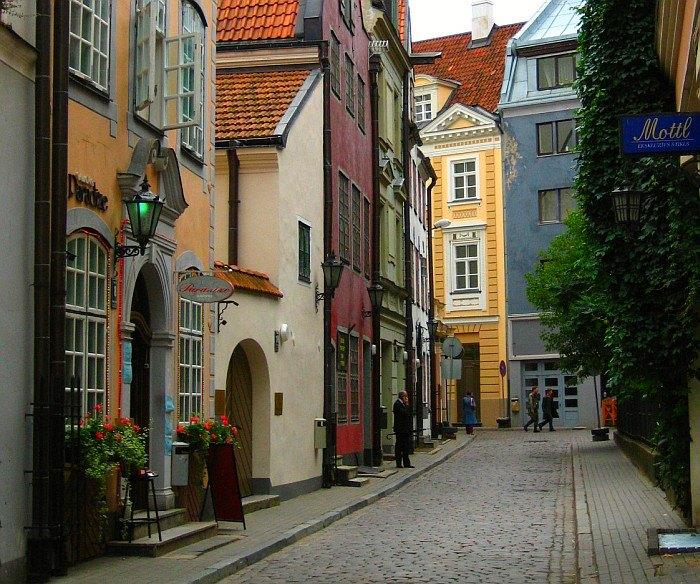 perierga.gr - Οι πιο ελκυστικοί δρόμοι της Ευρώπης!