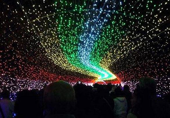 Perierga.gr - Χειμερινό φεστιβάλ φωτός στην Ιαπωνία!
