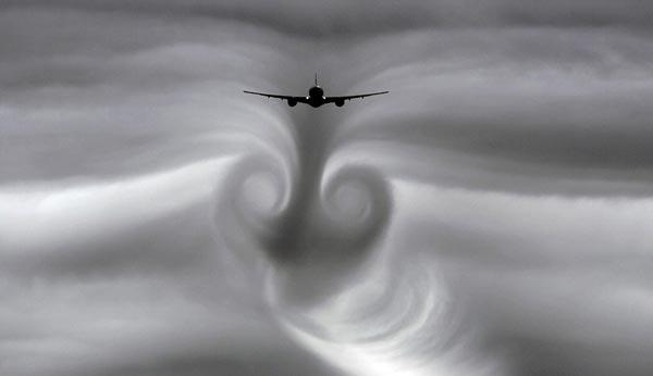 perierga.gr - Αεροσκάφη σχηματίζουν έργα τέχνης στον ουρανό!