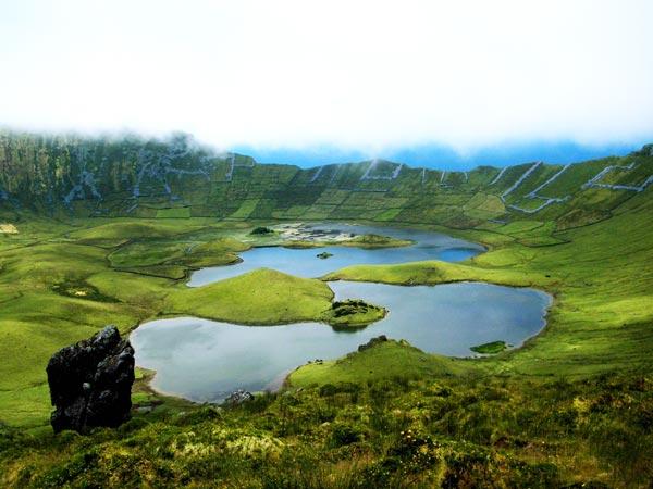 perierga.gr - Το πιο απομονωμένο νησί της Ευρώπης!