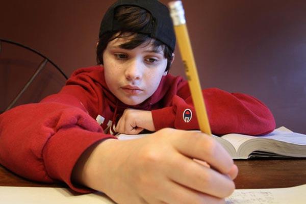perierga.gr - 14χρονος με αυτισμό πάει για Νόμπελ!
