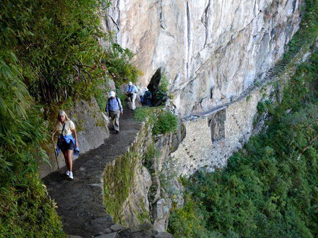 perierga.gr - Μονοπάτια που σε... προκαλούν να τα περπατήσεις!