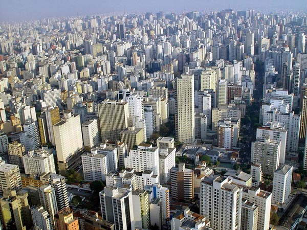 perierga.gr - Σάο Πάολο: Η πόλη που δεν έχει καθόλου διαφημίσεις σε κτήρια!