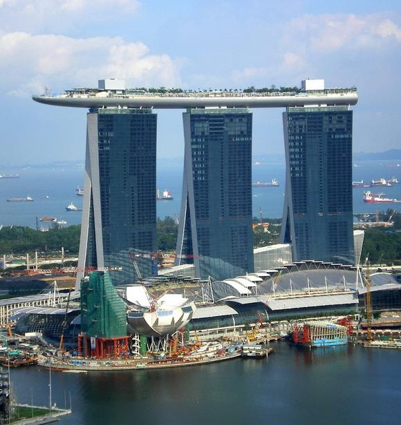 12 συναρπαστικές γέφυρες σε κτήρια!