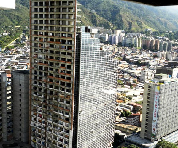 """perierga.gr - Η ψηλότερη """"παραγκούπολη"""" στον κόσμο!"""