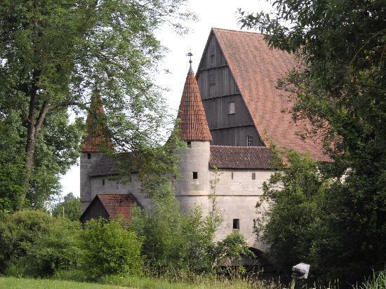 perierga.gr - Dinkelsbühl: Το μεσαιωνικό χωριό της Γερμανίας