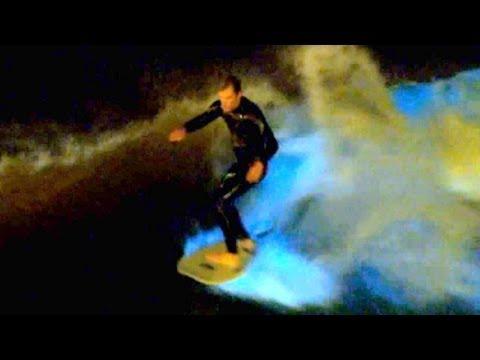 perierga.gr - Σέρφινγκ πάνω σε φωτεινά κύματα!