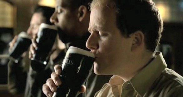 perierga.gr - Μια διαφορετική διαφήμιση στην ιστορία της μπύρας!