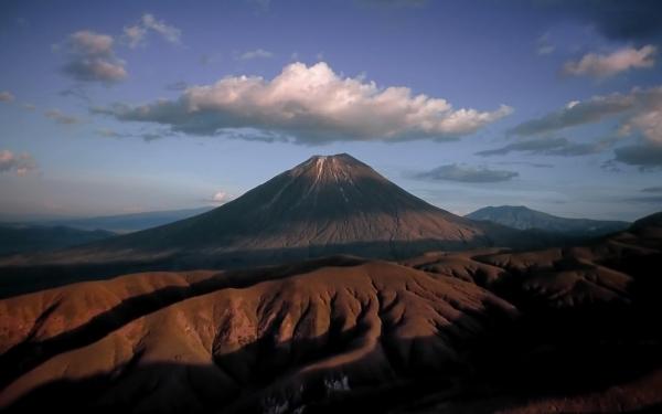 perierga.gr - 5 πραγματικά μεγάλα ηφαίστεια!