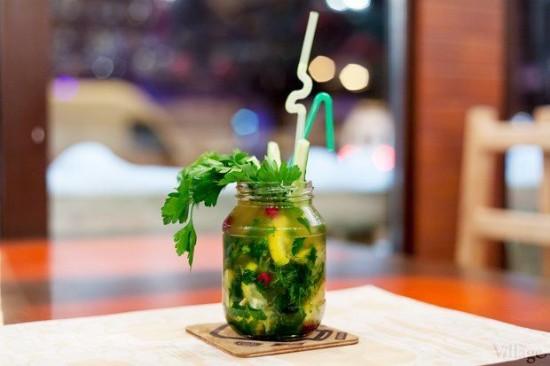 perierga.gr - The Bar Jar: Ποτό, φαγητό και σνακ σε... βαζάκι!