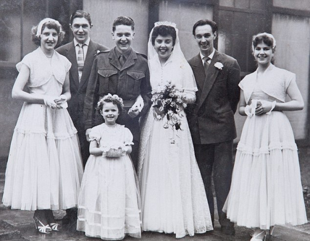 perierga.gr - Ξαναπαντρεύτηκαν μετά από 48 χρόνια διαζυγίου!