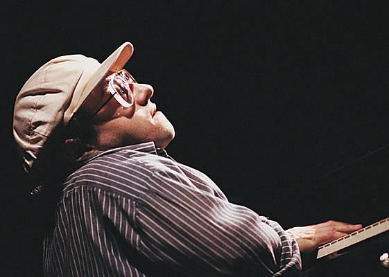 perierga.gr - Η καταπληκτική ιστορία του μουσικού Michel Petrucciani