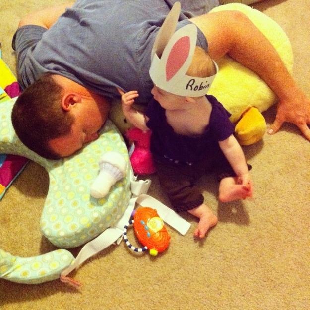 perierga.gr - 12 πράγματα που λατρεύουν να κάνουν τα μωρά!