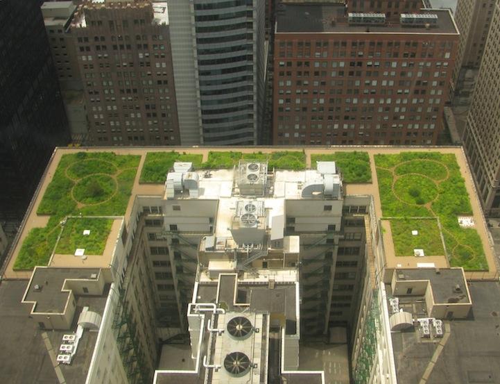 perierga.gr- Η εκπληκτική πράσινη στέγη του Δημαρχείου στο Σικάγο!
